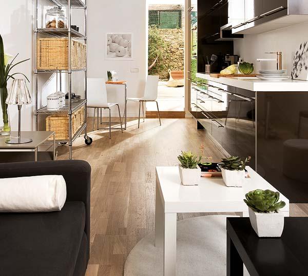 adelaparvu.com despre apartament in alb si negru Foto Micasa (5)