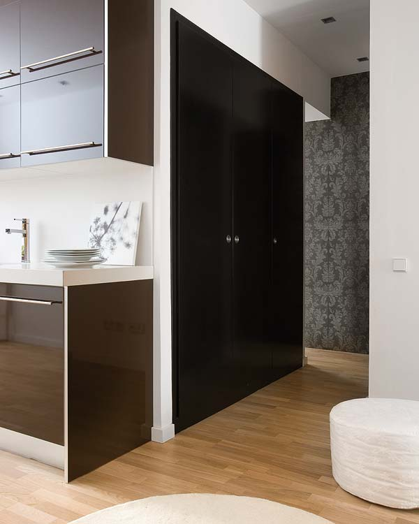 adelaparvu.com despre apartament in alb si negru Foto Micasa (6)
