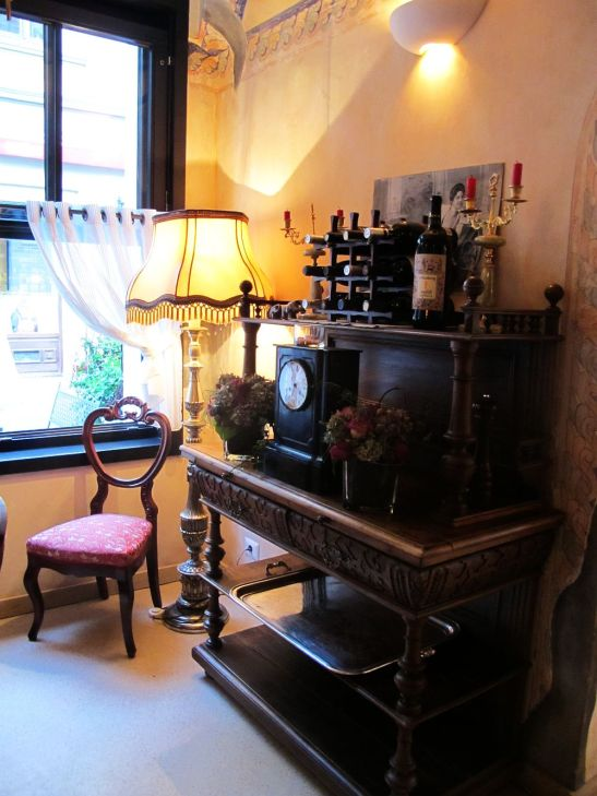 adelaparvu.com despre Cafeneaua Veche (15)