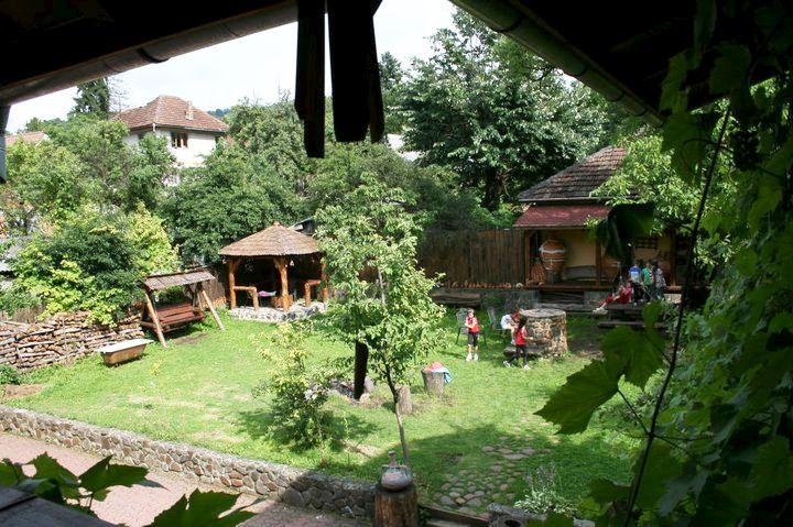 adelaparvu.com despre Casa Olarului Maramures (12)