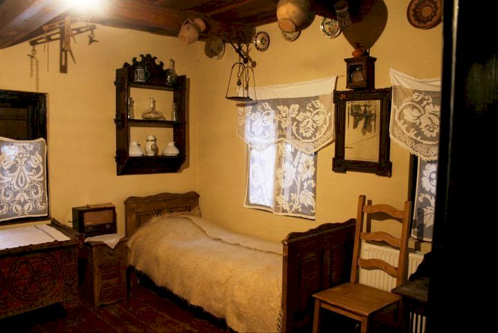 adelaparvu.com despre Casa Olarului Maramures (9)