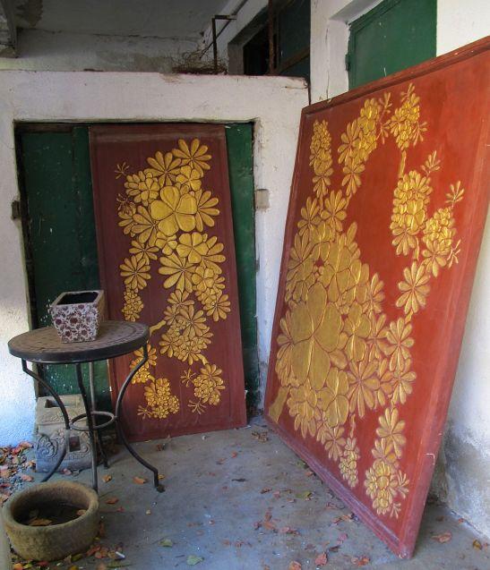 Panouri decorative din lemn sculptat si aurit
