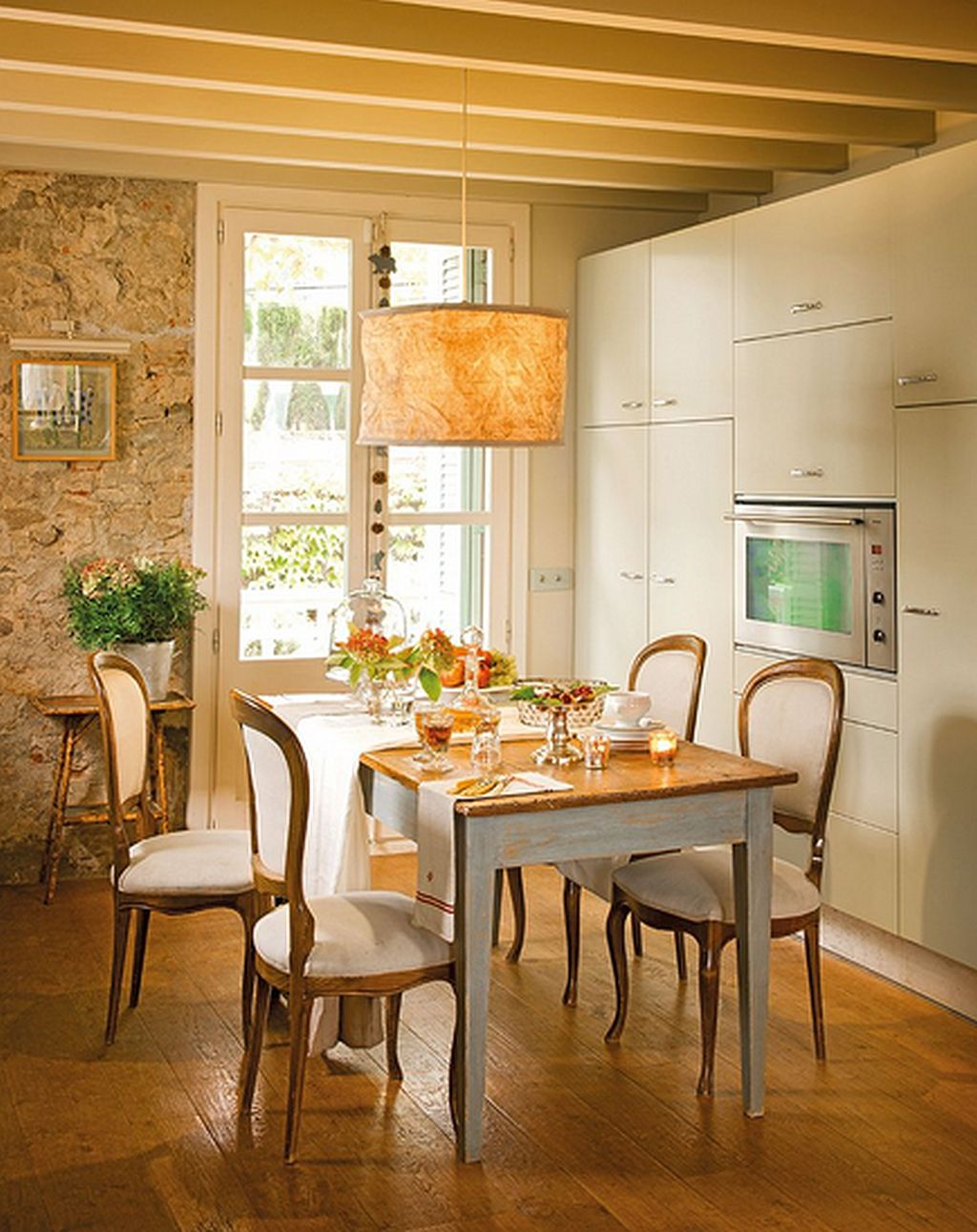adelaparvu.com despre modern si rustic intr-o casa veche Foto ELMueble (1)