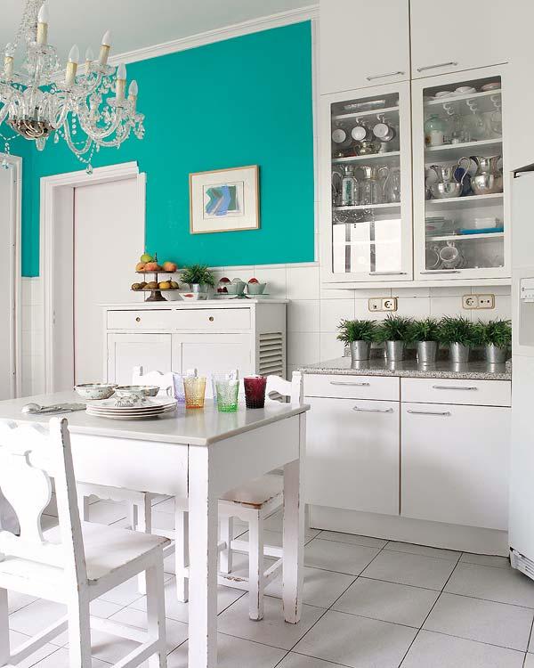 adelaparvu.com despre o casa cu decor original Foto Micasa (7)