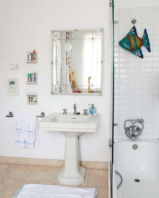 adelaparvu.com despre o casa cu decor original Foto Micasa (9)