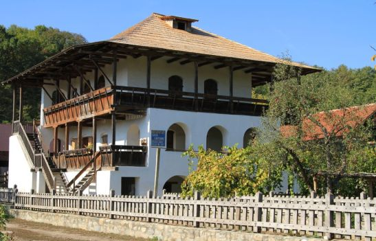 adelaparvu.com despre pensiunea Casa Cartianu (2)