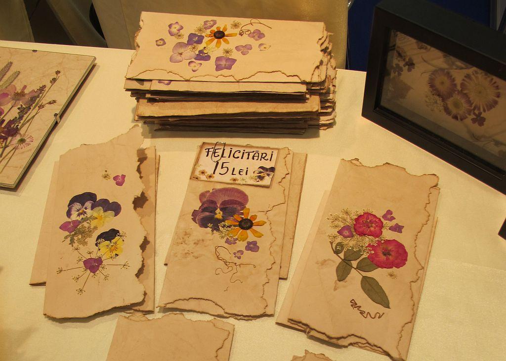 adelaparvu.com despre tablouri cu flori presate (13)
