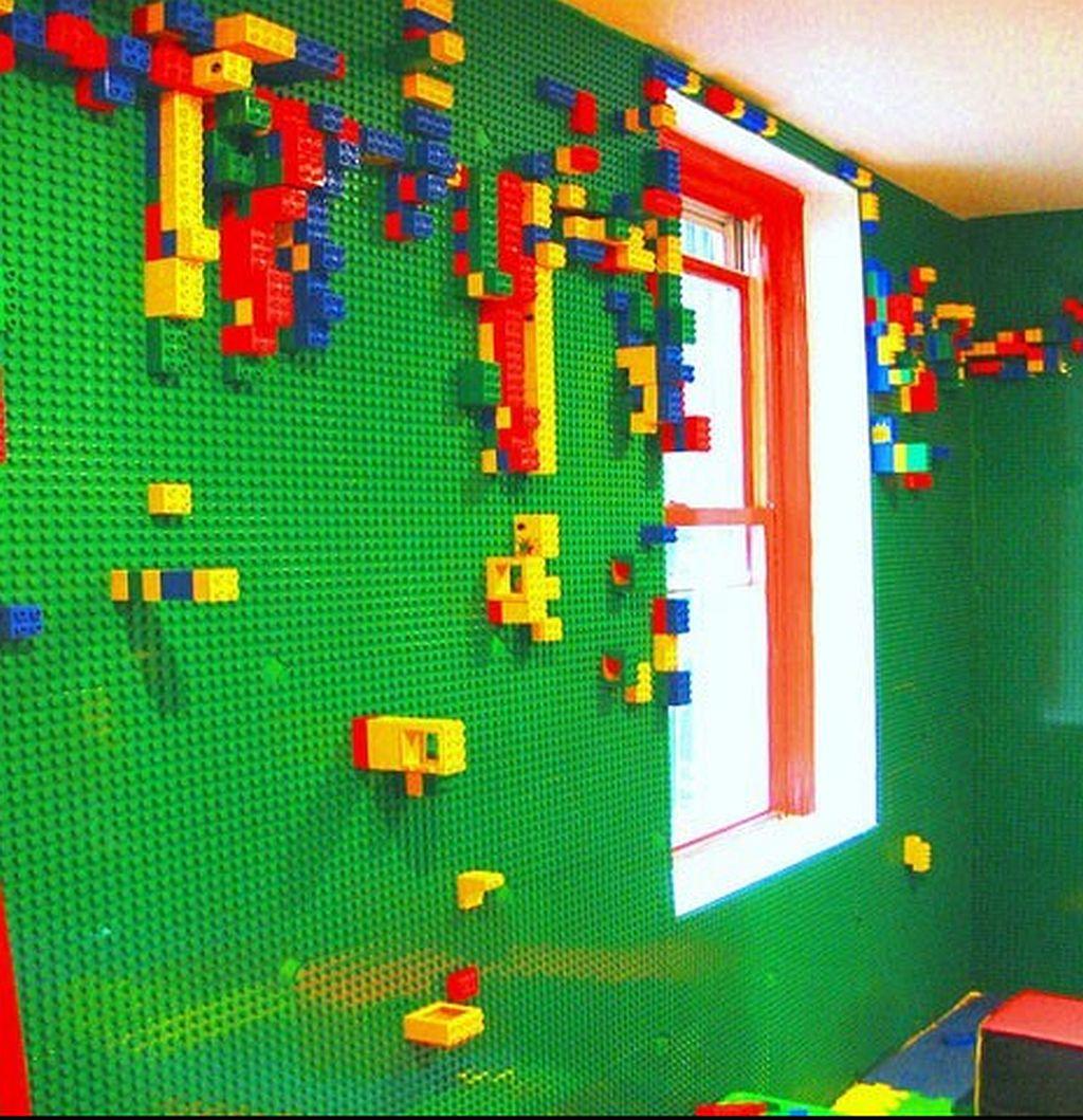 Pereti tapetati cu lego o idee a lui Justine Anthony