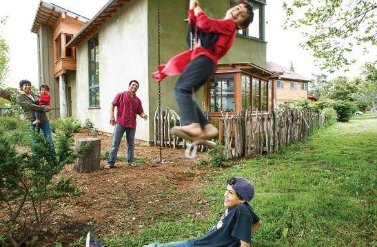 adelaparvu.com despre casa balori paie arh. Arkin Tilt Foto Gabriela Hasbun  (8)