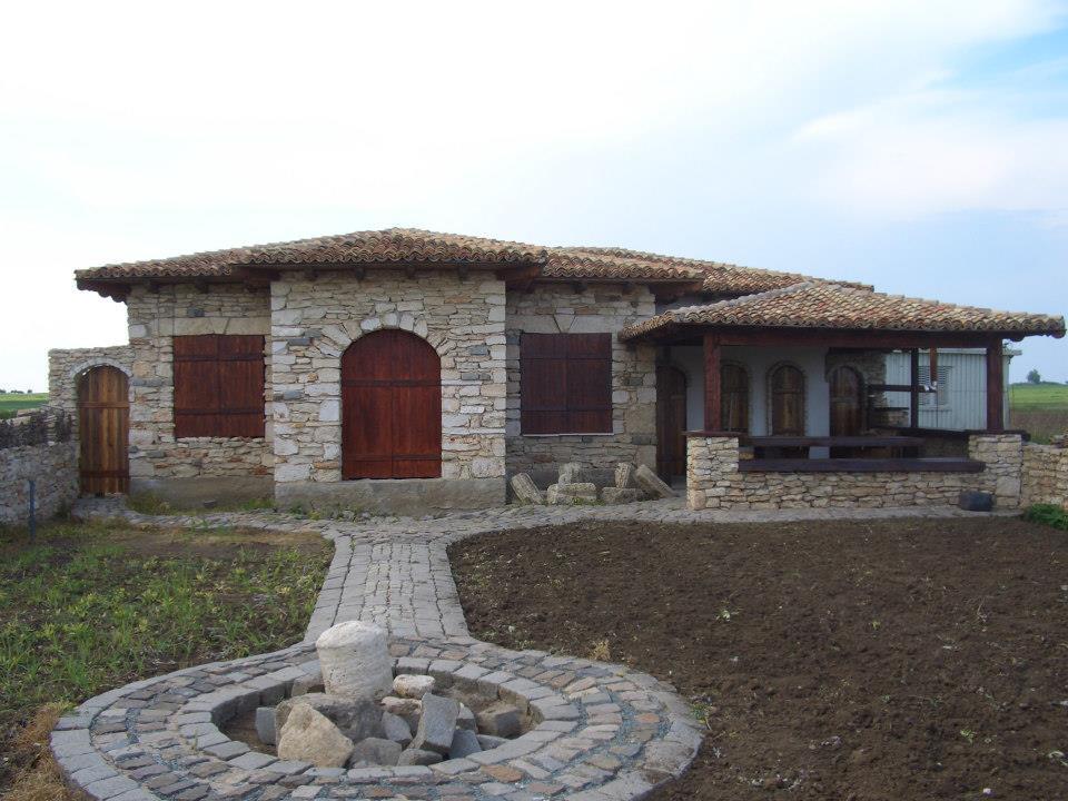 adelaparvu.com despre Mihai Cubanit zidarul caselor de piatra (14)