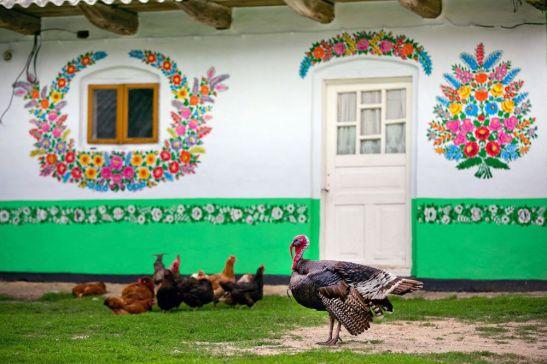 adelaparvu.com despre satul Zalipie (13)