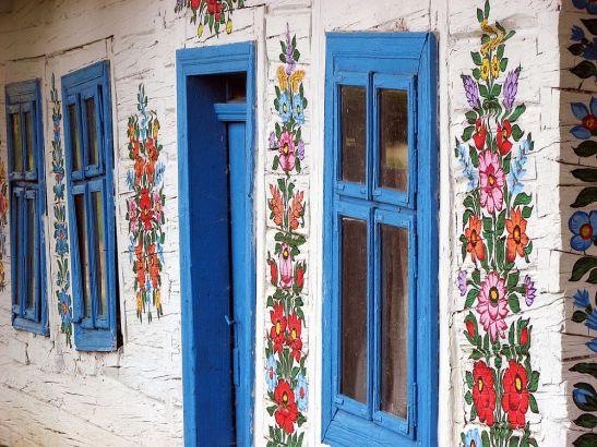 adelaparvu.com despre satul Zalipie (2)
